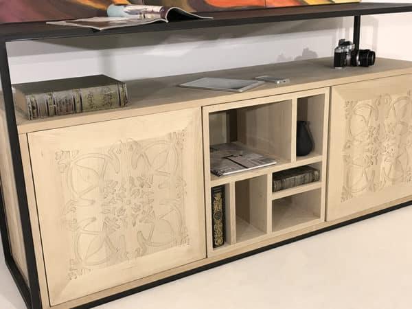 """Enfilade en bois clair avec 2 portes """"Paris"""" et un module central en bois"""