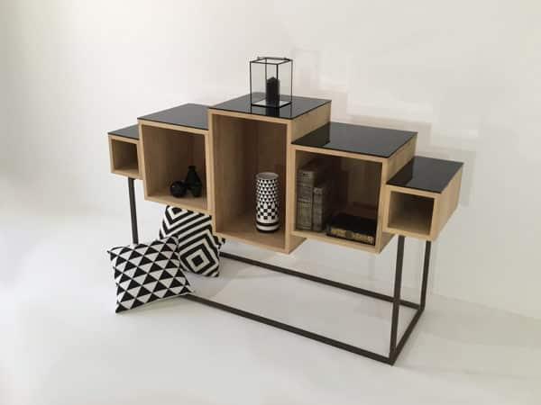 meuble design en bois massif, de style déstructuré doté de 5 modules personnalisables