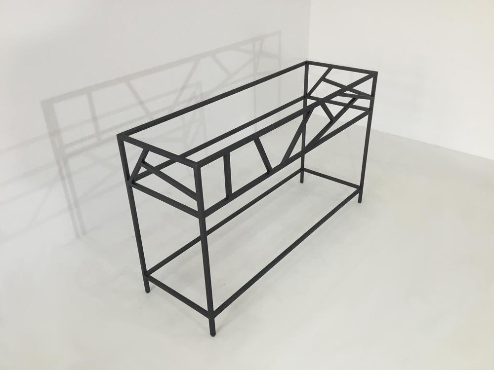 Console entrée design de fabrication artisanale selon les méthodes de la ferronnerie d'art