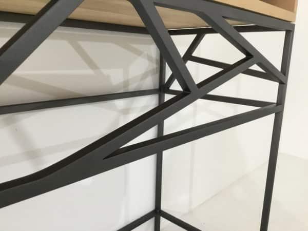 Console d entrée design en bois et métal.