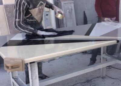 Table à manger avec plateau en marbre