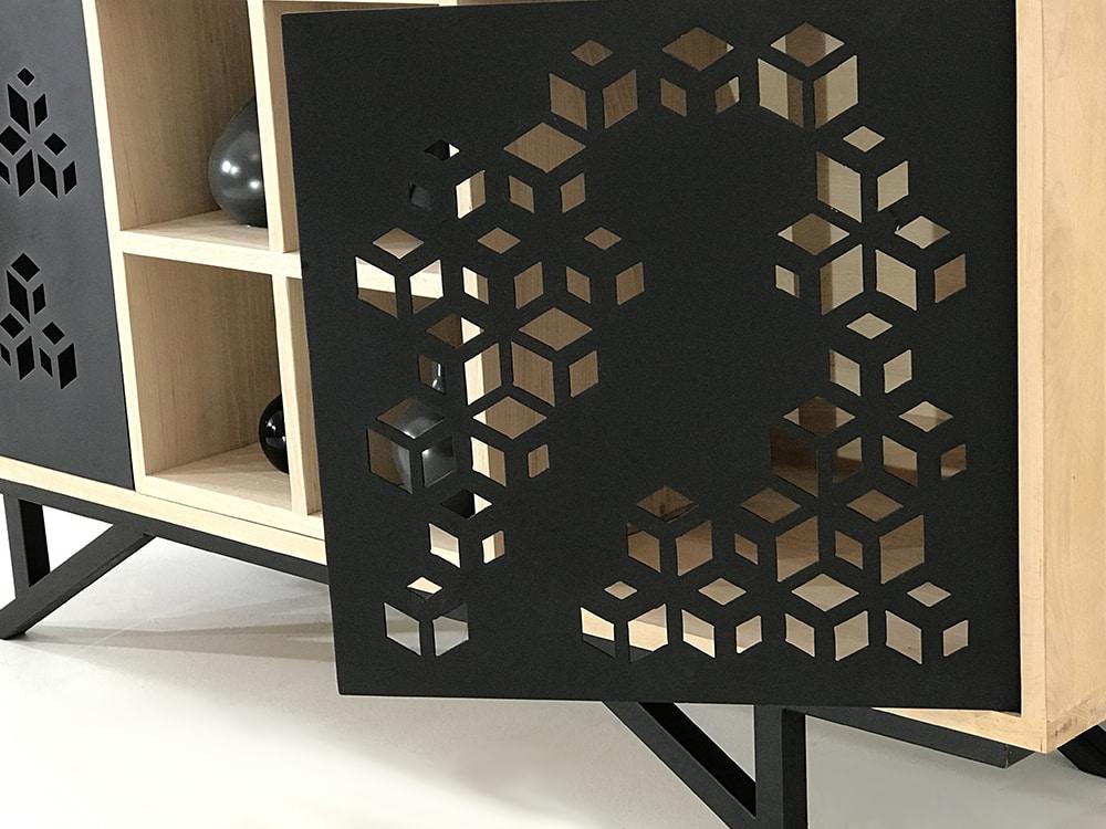 Meuble sur-mesure avec portes en métal ajouré design by Danny Da Pozzo