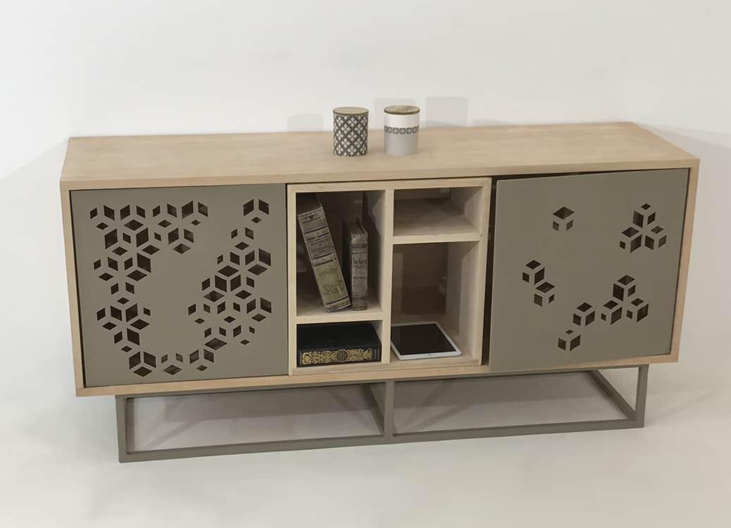 meuble bois métal de type buffet-enfilade avec 2 portes