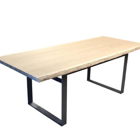 table a manger bois massif sur-mesure, pied métal