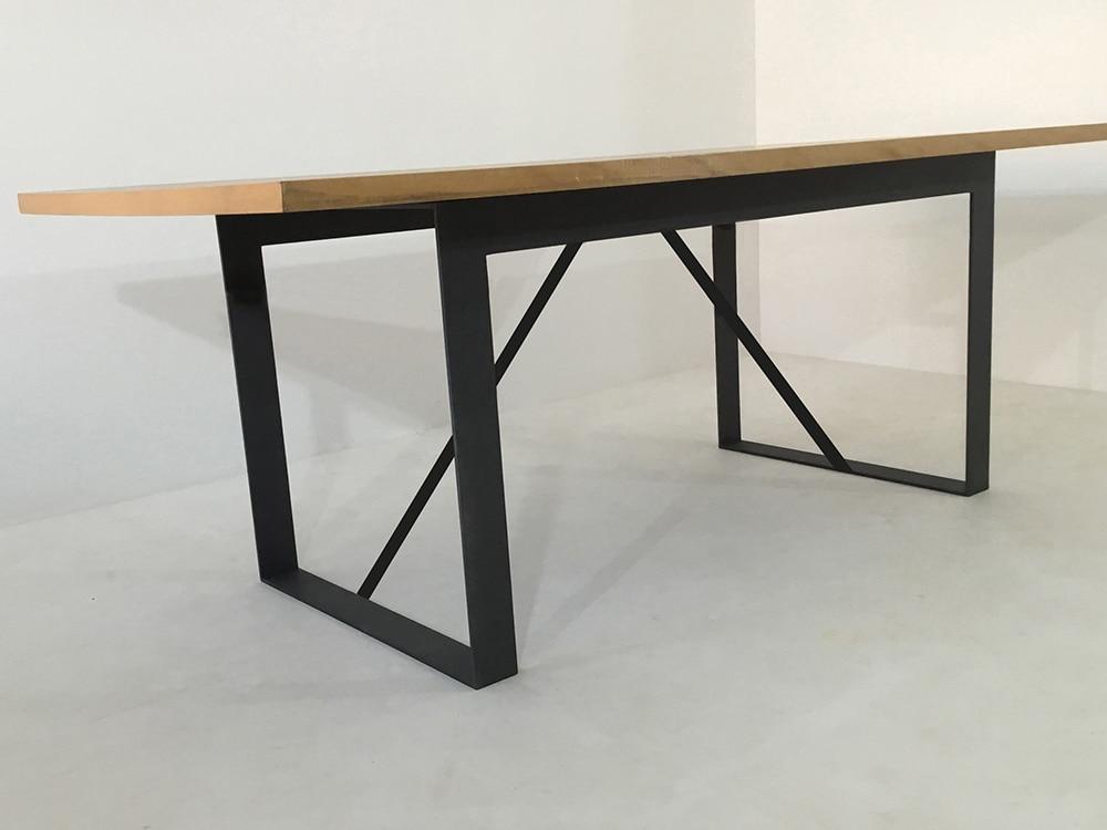 table à manger bois massif et métal, industrielle, sur-mesure