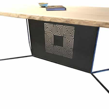 Pied de table original et design en acier