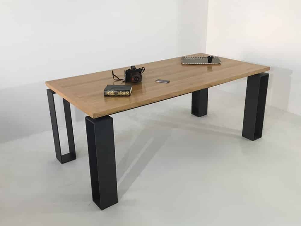 """Table artisanale, de salle à manger, sur-mesure ou personnalisable """"Cavallo"""", de"""