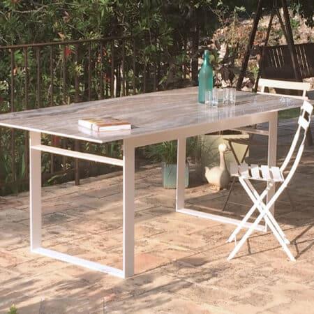 Table repas plateau céramique et pied métal laqué blanc